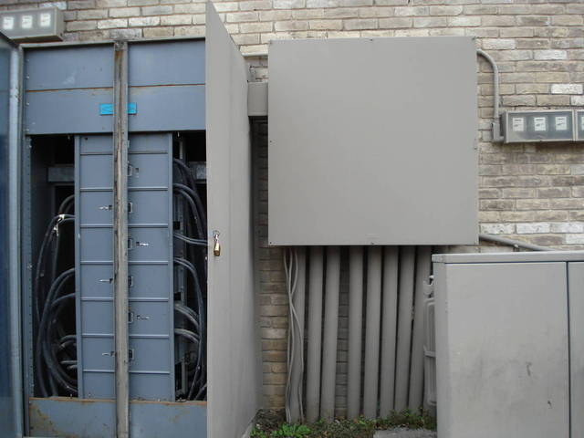 Indoor switchgear used outdoors