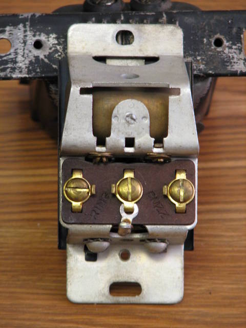 Old Transformer and Buzzer - 4/4
