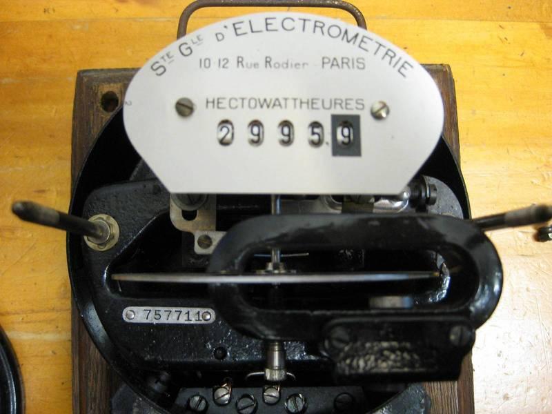 Hectowatt Hour meter electricty EDF