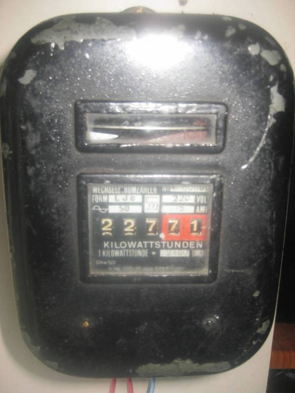 AEG LJc meter with reversed disc rotation