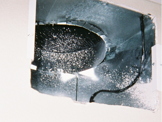 550_wire_in_duct